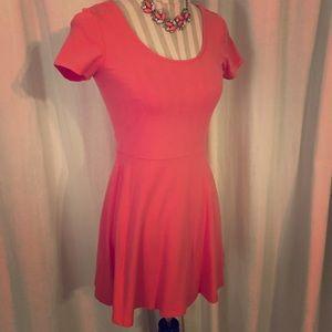💕 Super Cute Coral Skater Dress